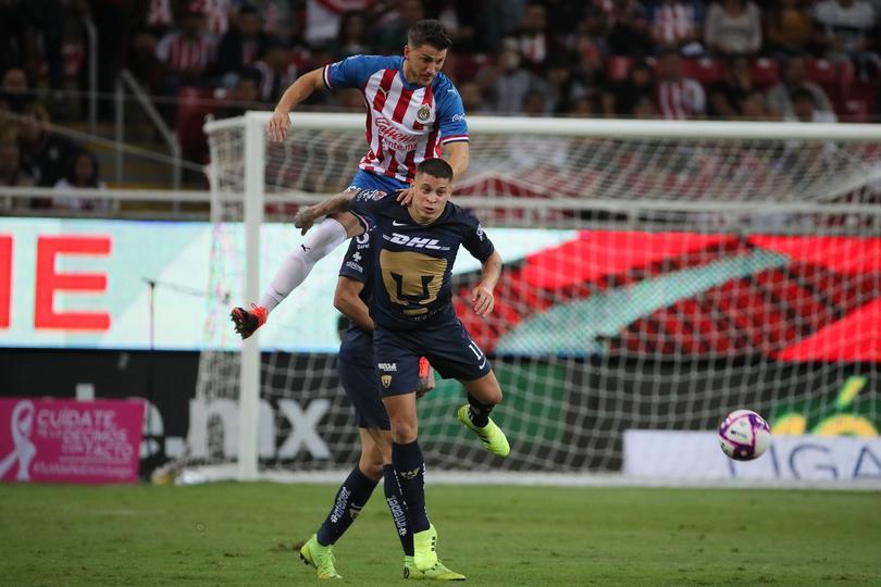 Pumas vs Chivas