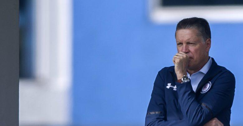 Ricardo Peláez podría olvidar a Chivas para firmar por club del norte