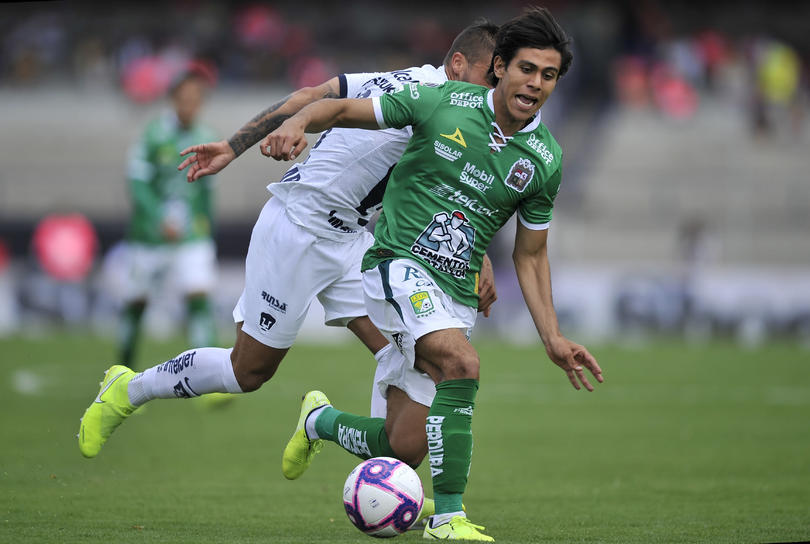 JJ Macías contra Pumas