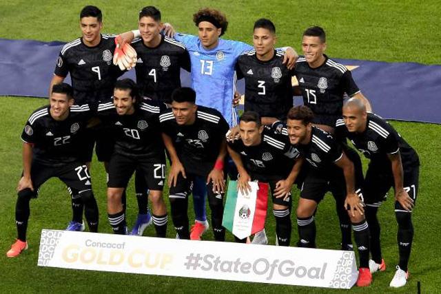 Chivas va por tres seleccionados mexicanos en el extranjero