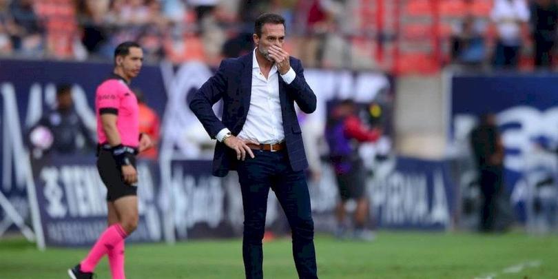 La carrera como entrenador de Gustavo Matosas se hunde cada vez más