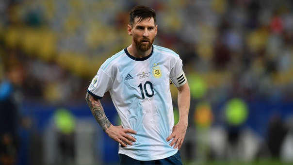 Después de la suspensión por parte de Conmebol, Messi vuelve