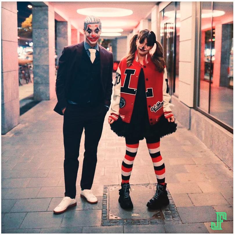 Robert Lewandowski como Joker, junto a su pareja como Harley Queen