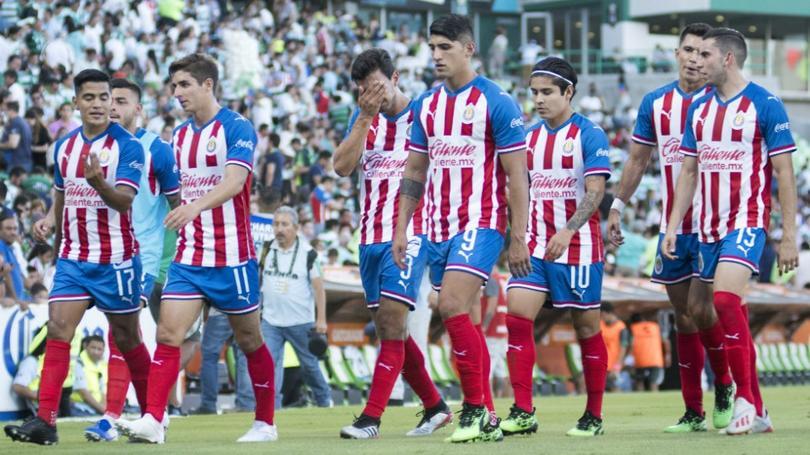 Chivas iría por DT campeón de Liga MX y salvador de descensos