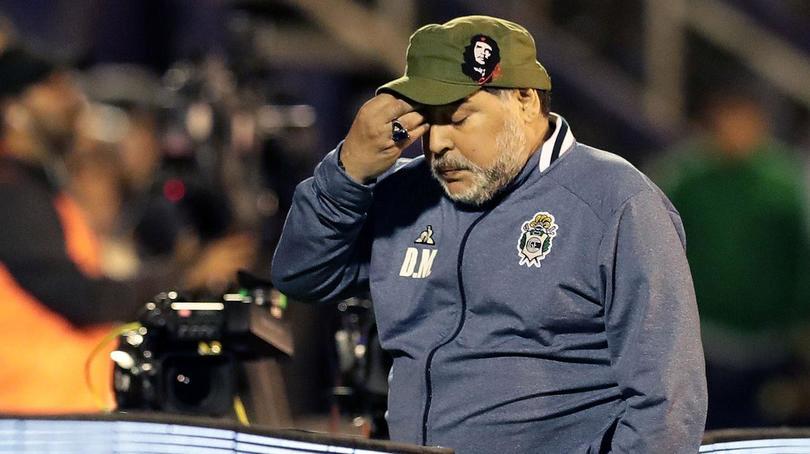 Maradona aclaro su estado de salud