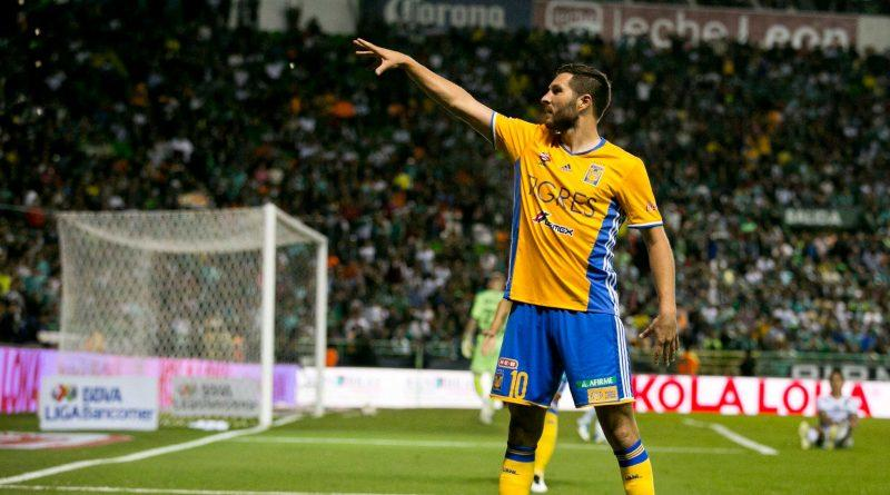 La máxima figura de la Liga MX sin duda, comandaría el ataque y probablemente tendría la capitanía.