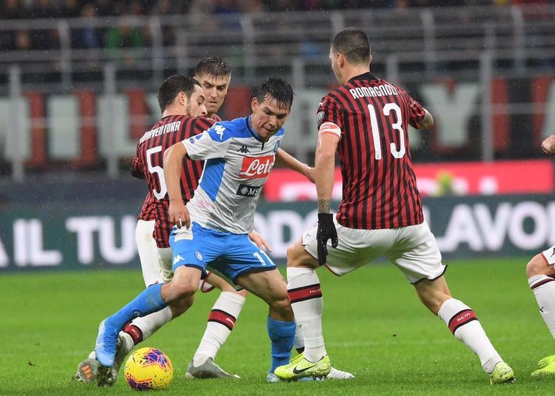 Medio italiano elogia a Chucky Lozano por su gol ante Milan
