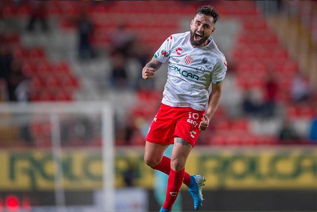 Necaxa goleó 3-0 a Querétaro