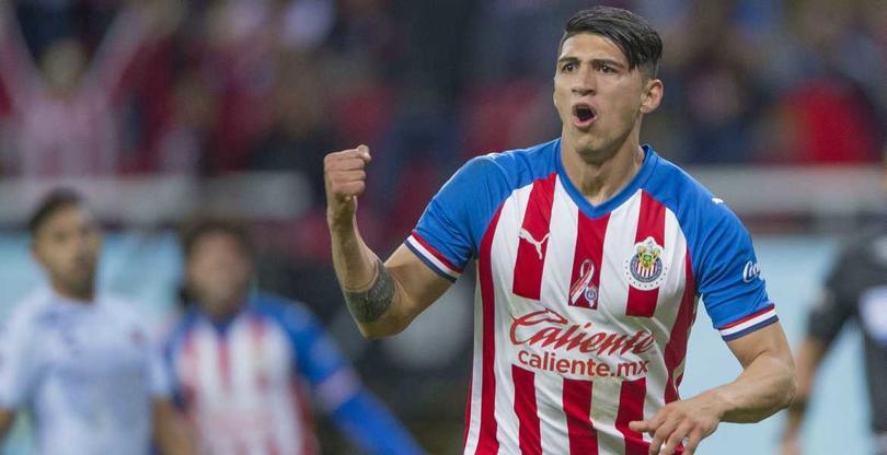 Chivas anuncia la salida de Alan Pulido del equipo