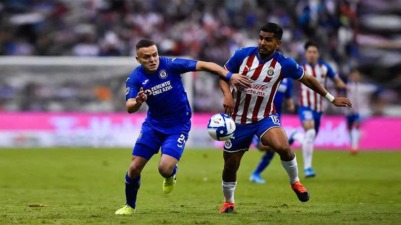 Chivas le habría ganado la carrera a Cruz Azul por un fichaje