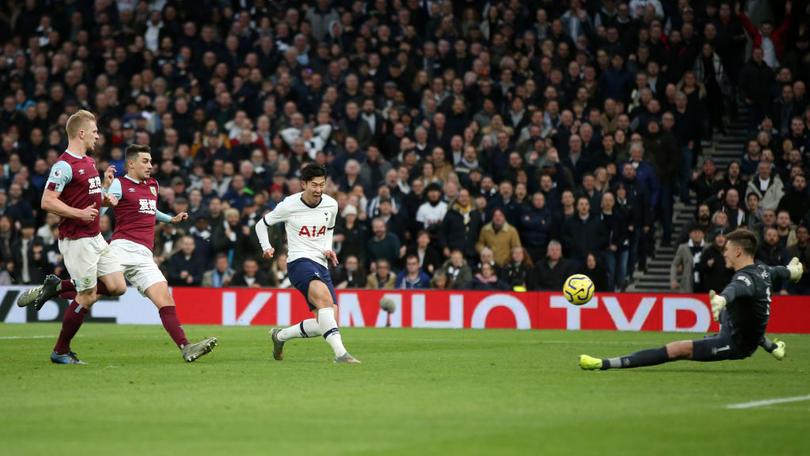 Son definiendo su gol maradoniano ante Burnley