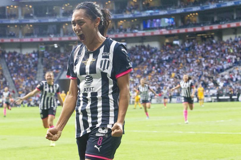 Diana Evangelista festeja gol del título de Rayados contra Tigres Femenil