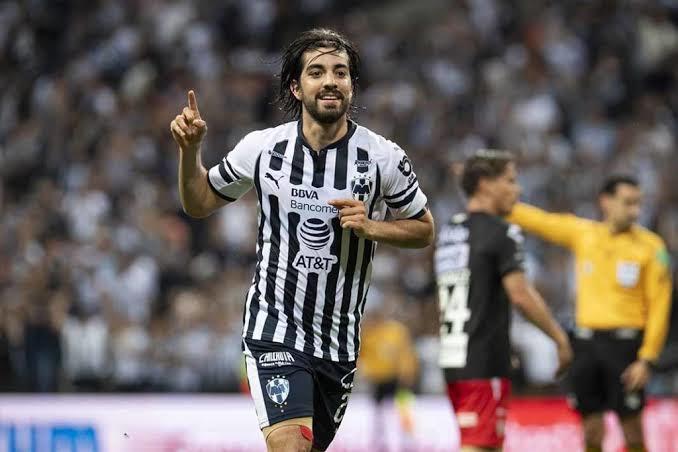 Rodolfo Pizarro sí podría salir de Monterrey