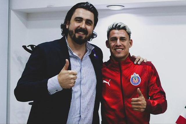 Cristian Calderón cuadriplicó su salario en Chivas