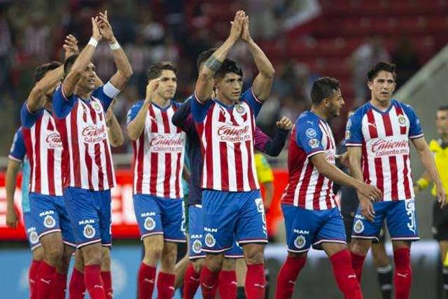 Chivas firmaría contrato millonario con Fly Emirates