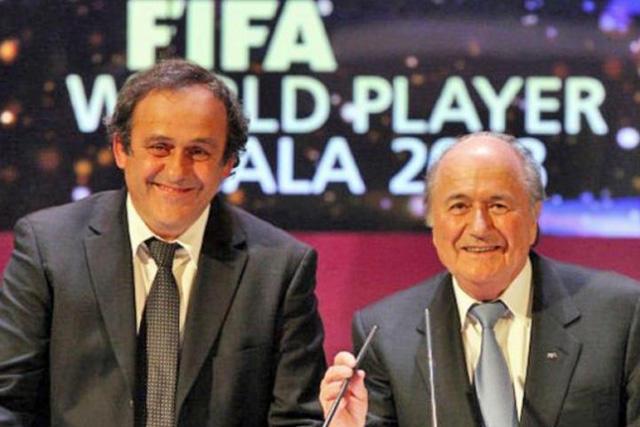 Michel Platini y Joseph Blatter recibieron demanda de la FIFA
