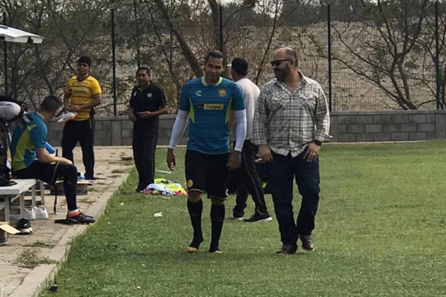 Gullit Peña ya entrena con Dorados