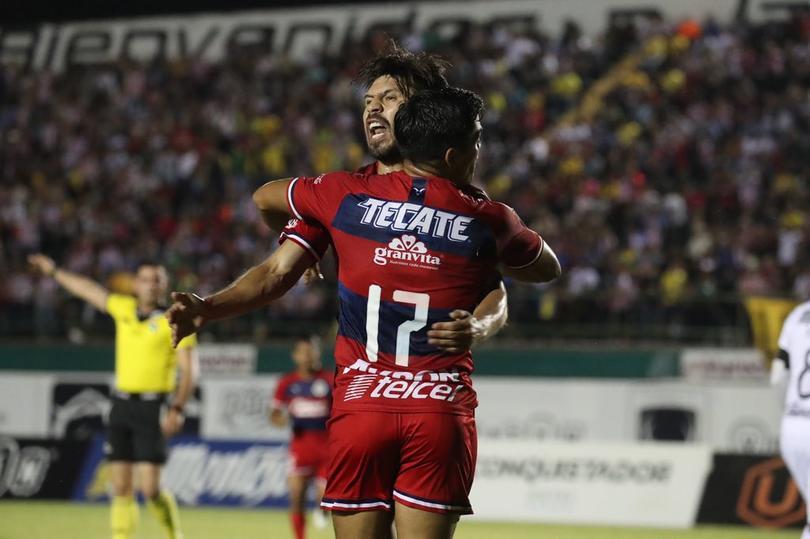 El gol que le dio a Chivas su primer triunfo en pretemporada