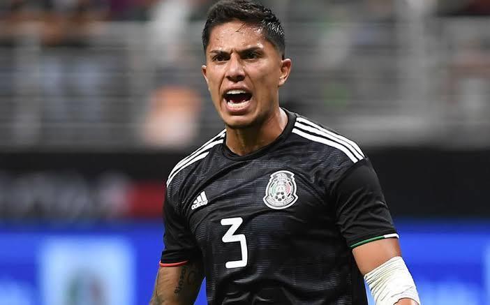 Carlos Salcedo tendría ofertas en Francia y la Liga MX