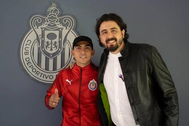 Víctor Guzmán fue dado de baja de Chivas