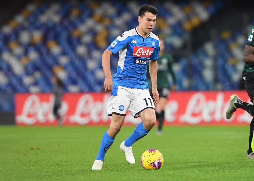 Hirving Lozano podría salir del Napoli