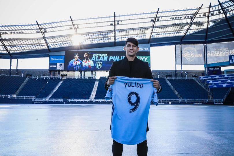 Pulido ya se luce como goleador en Kansas City