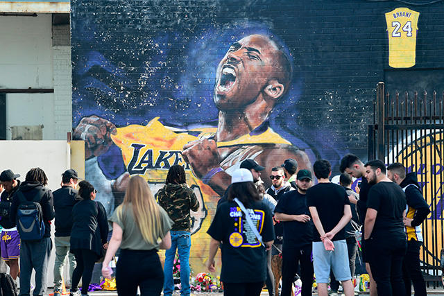 "Bad Bunny lanzó ""6 rings"" en honor a Kobe Bryant"