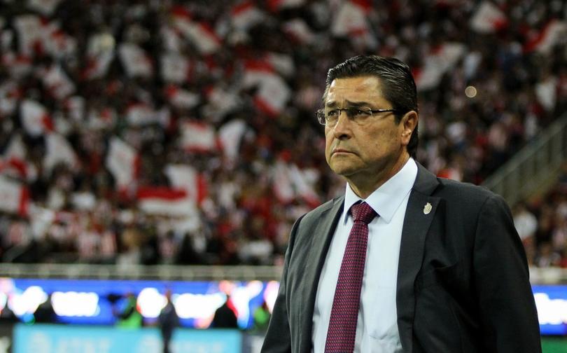 Luis Fernando Tena en partido