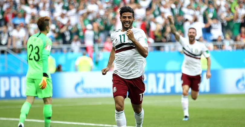 Vela celebra un gol anotado en el Mundial de Rusia