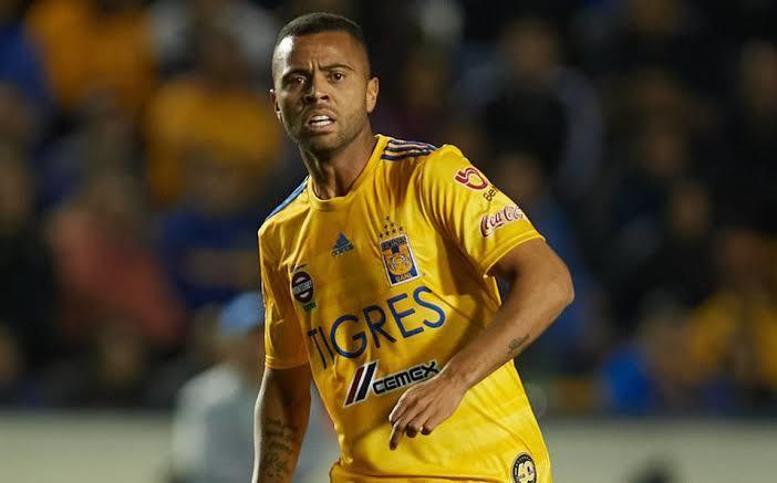 Rafael Carioca saldría de Tigres