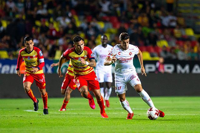 Un aficionado sufrió un infarto durante los cuartos de final entre Morelia y Xolos