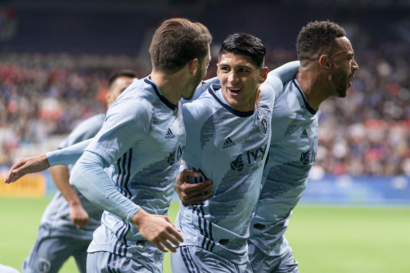 Alan Pulido marcó su segundo gol en la MLS