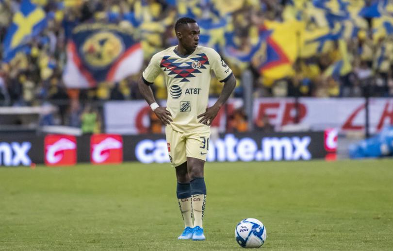 Renato Ibarra podría terminar en Qatar o Emiratos Árabes Unidos