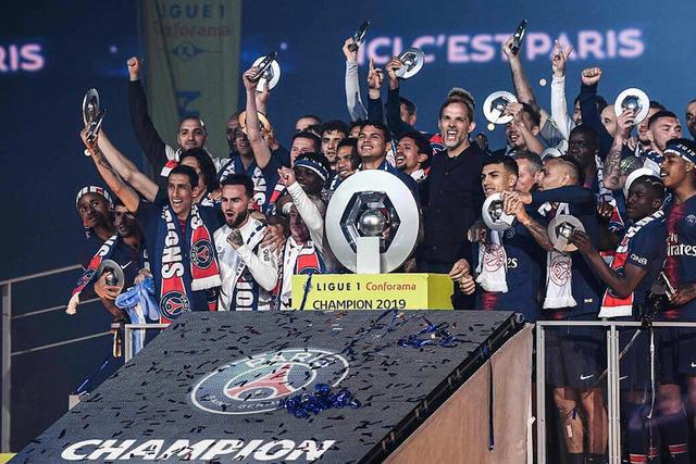 La Ligue 1 regresaría la primera o tercera semana de junio