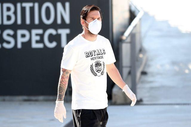 Lionel Messi en las instalaciones del Barcelona en el regreso a entrenamientos