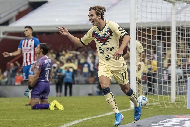 Sebastián Córdova podría irse al Ajax