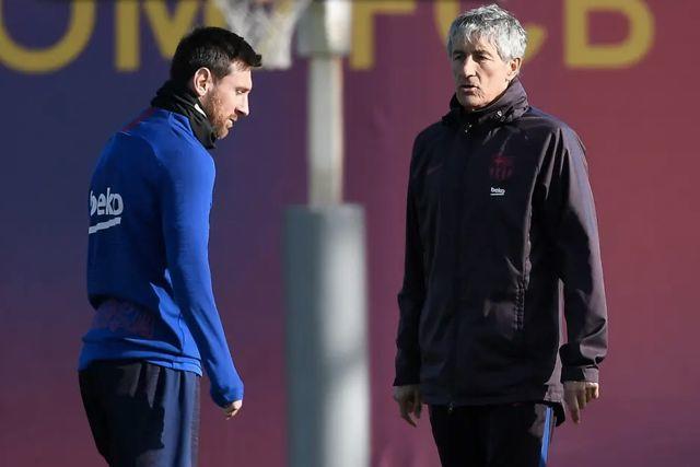 Lionel Messi y Quique Setién