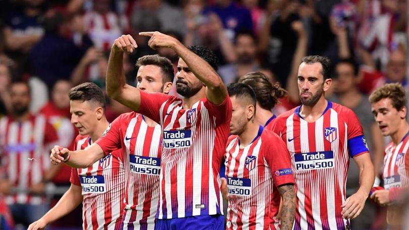 Los clubes que buscarían a Raúl Jiménez en verano