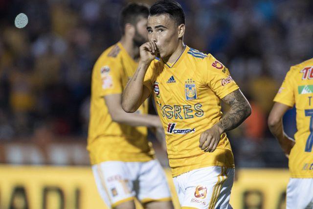 Belgrano demanda un pago de Tigres por la venta de Zelarayán a la MLS