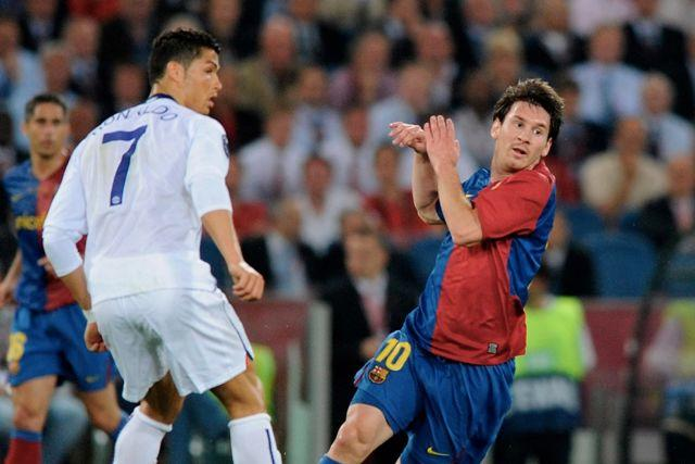 Cristiano Ronaldo y Messi en la final de la Champions League de 2009