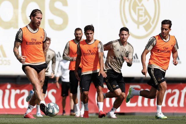 El Real Madrid entrenó con equipo completo después de 82 días