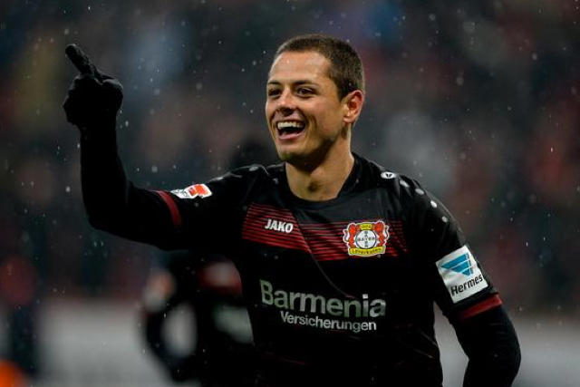 Chicharito con el Bayer Leverkusen