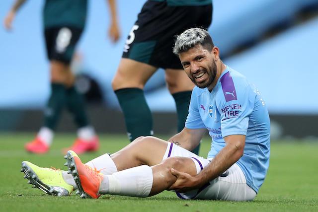 El Kun Agüero será operado de la rodilla izquierda, reveló su papá
