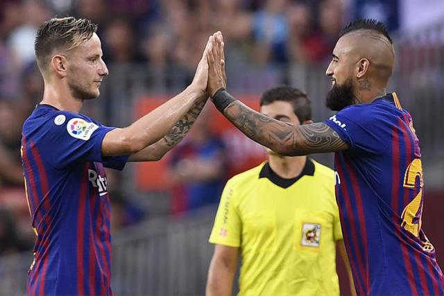 Ivan Rakitic y Arturo Vidal se unirían a Arthur Melo como las bajas del Barcelona
