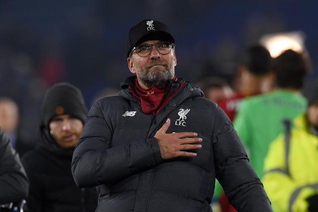 Jürgen Klopp llora luego de dedicarle la Premier League a Steven Gerrard