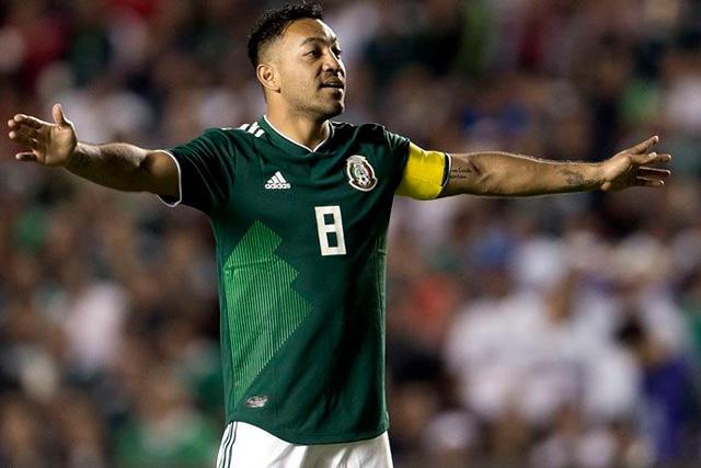 Marco Fabián dejó una buena impresión en Xavi Hernández