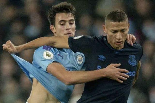 Eric García, la joya de la defensa que se pelean Barcelona y Manchester City
