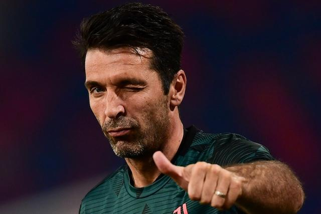Gianluigi Buffon supera a Maldini como el jugador con más partidos en la Serie A