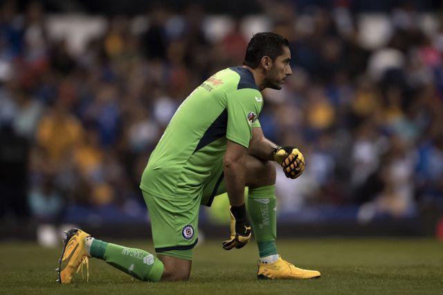 Jesús Corona quedó fuera de la convocatoria de Cruz Azul para la Copa por México
