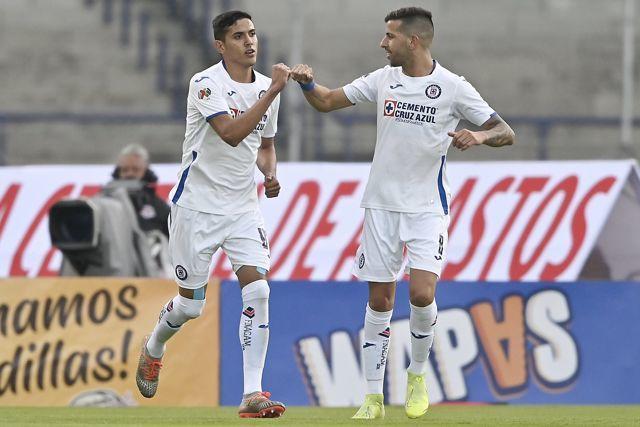 Cruz Azul le ganó 3-1 a Pumas con doblete de Josué Reyes y un gol más de Elías